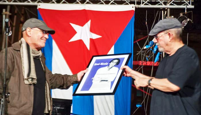 El trovador cubano Silvio Rodríguez es galardonado con el Premio Noel Nicola